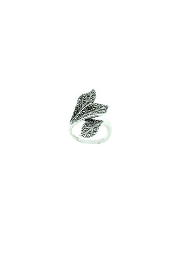Aykat Yaprak Modeli Markazit Taşlı Oksitli Gümüş Bayan Yüzük Oksitli Kadın Yüzüğü Yzk-276 Gümüş
